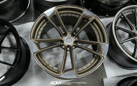 RS-quattro-RSQ1-MV2-SL-wheel-ADV1-1-550x347.jpg