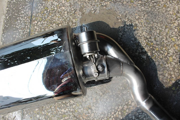 奥迪A6L改装FDR遥控双阀门排气系统