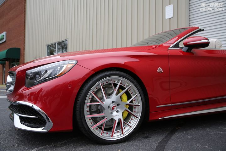 maybach-s650-cabriolet-on-forgiato-wheels-is-a-chrome-eyesore_3.jpeg