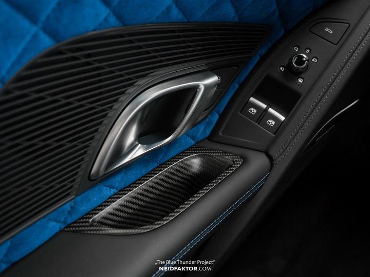 neidfaktor-covers-the-audi-r8-in-carbon-fiber_8.jpg