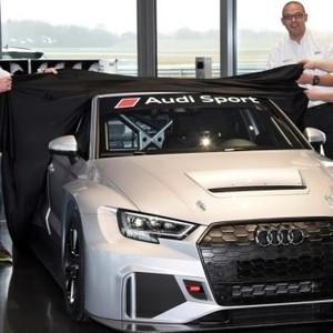 比原厂车还慢?奥迪交付RS 3 LMS赛车