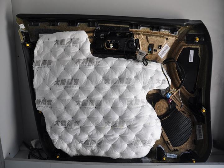 奔驰CLS350升级DJ隔音+大能超级温莎