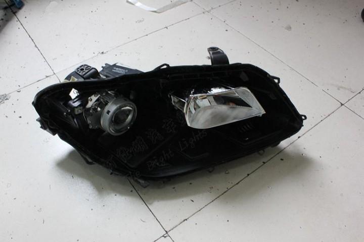 南京哈弗H2大灯改装Q5双氙气透镜大灯欧司朗CBI灯泡