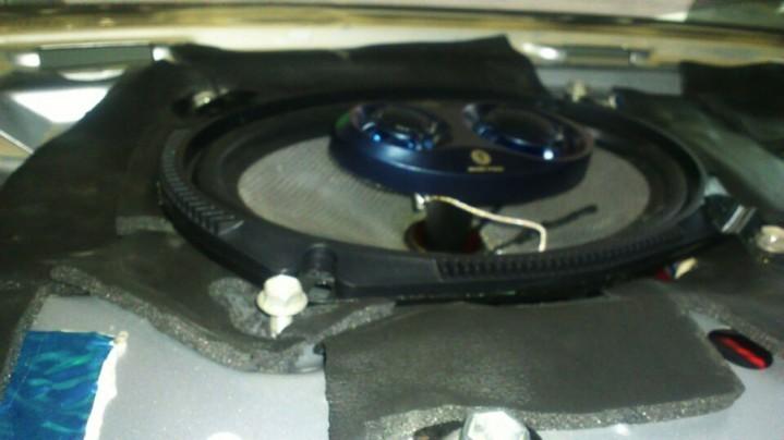 发烧友的最爱——卡罗拉升级魔音M6906同轴喇叭+10寸有源