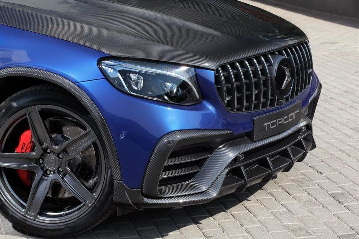mercedes-amg-glc-63-coupe-gets-covered-in-carbon-by-topcar-128820_1.jpg