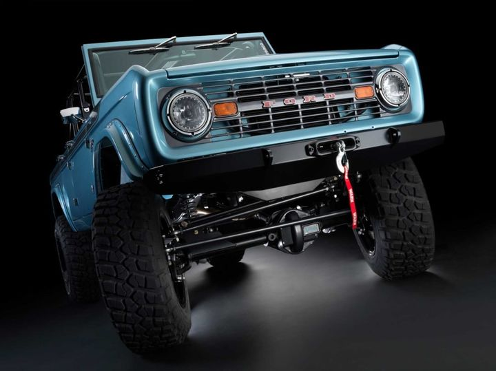 maxlider-brothers-customs-presents-the-most-exotic-bronco-ever-created_15.jpg