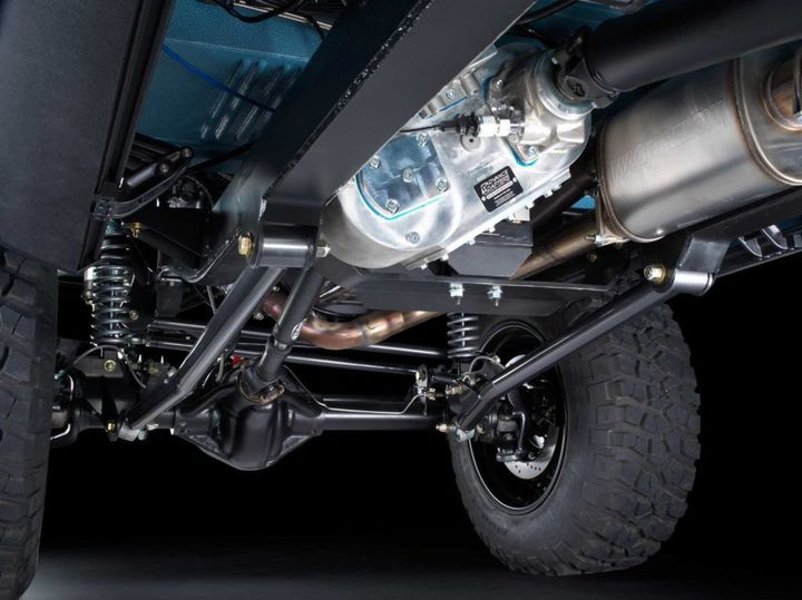 maxlider-brothers-customs-presents-the-most-exotic-bronco-ever-created_16.jpg
