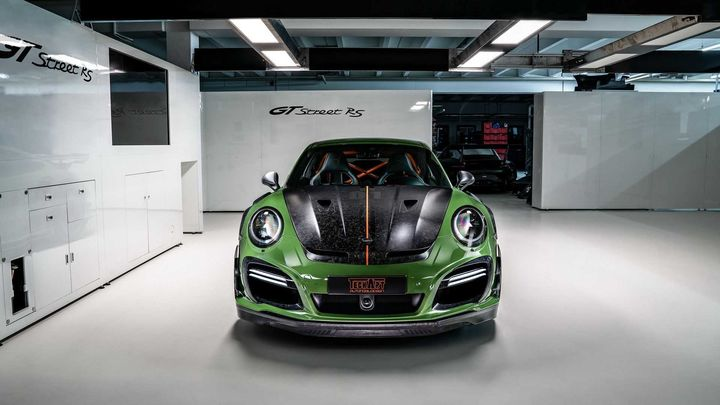 techart-gt-street-rs-arrives-in-geneva-as-forged-carbon-991-turbo_4.jpg