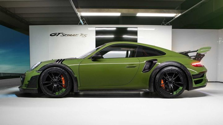 techart-gt-street-rs-arrives-in-geneva-as-forged-carbon-991-turbo_6.jpg