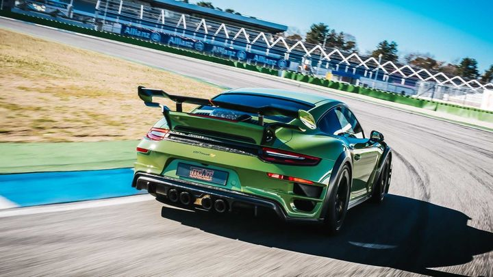 techart-gt-street-rs-arrives-in-geneva-as-forged-carbon-991-turbo_8.jpg