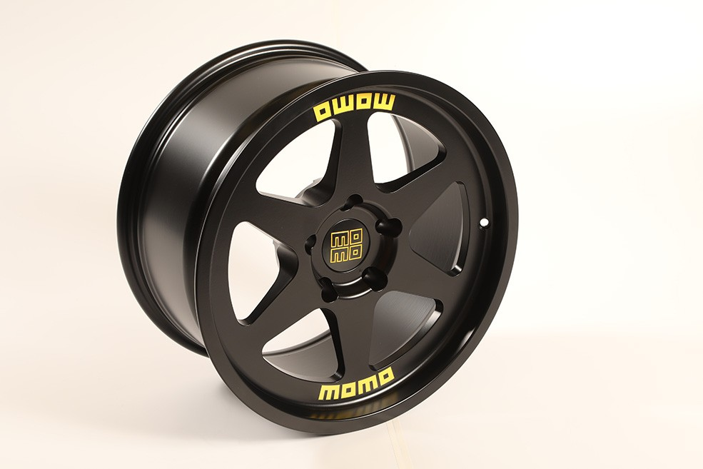 new-momo-heritage-6-wheel-available-now_1.jpg