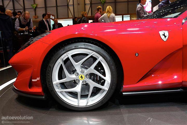 ares-design-turns-812-superfast-into-modern-day-ferrari-250-gto_8.jpg