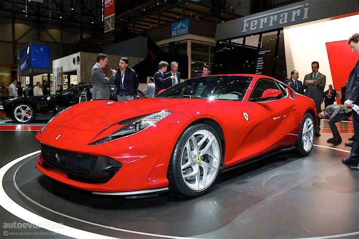 ares-design-turns-812-superfast-into-modern-day-ferrari-250-gto_11.jpg