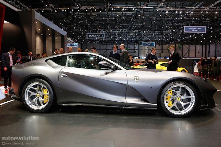 ares-design-turns-812-superfast-into-modern-day-ferrari-250-gto_24.jpg